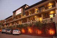 Hotel Suman Raj 2 Nights AP Package