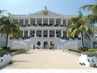Taj Falaknuma Palace Package