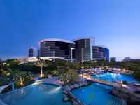 Grand Hyatt Dubai (3 Nights with Breakfast)