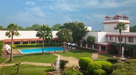 Trident Agra (3 Nights with Breakfast)
