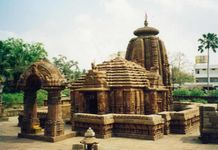 3N/4D Package tour Bhubaneswar - Puri - Konark with Chilika at Satapada