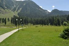 Kashmir summer Package 06 nights / 07 days - Deluxe