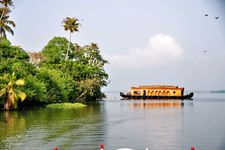 Kerala Wonders Package (16 June - 30 September) - Luxury