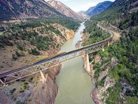 Western Canada & Rocky Mountaineer Package